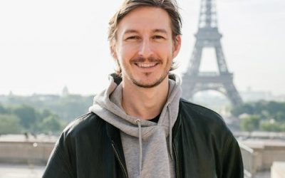 PODCAST| 145: Full-Time Paris Podcaster Oliver Gee
